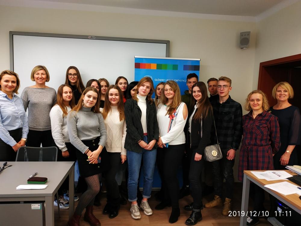 Увлекательная статистика: студенты факультета экономики и управления приняли участие в семинаре Статистического Управления в Белостоке